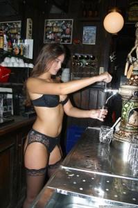 Sexy Waitresses 2